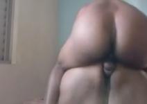 Sexo anal com gorda gemendo com pau na bunda