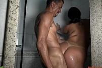 Xvideos mayara rodrigues comendo a mulher no banho