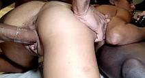Ver cenas de sexo do macho traçando a menina no motel
