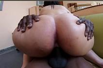 Metendo na prima do cu grande no video de incesto