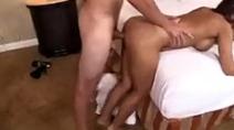 Comendo a mulher do meu irmão no motel
