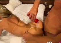 Porno com celebridades experimentando fazer sexo anal