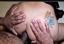 Esposa rabuda ficou de quatro e deu o cu até chorar