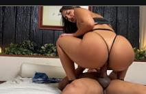Porno sexo novinha pelada fodendo com fogoso