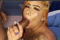 Novinha fazendo sexo amador até acabar gozar